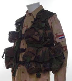Korps Mariniers Molle OPS vest met tassen in forest camo -  Maat L  -  origineel