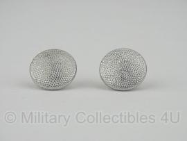 Knopen voor op de schouder 17mm - klein model, 1 paar - origineel