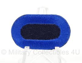 WO2 US Oval wing klein formaat - donkerblauw met blauwe rand - afmeting 2,5 x 4 cm - replica