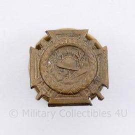 Belgische Croix Du Feu knoopsgat medaille 1914 -1918 - afmeting 1,5 x 1,5 cm - origineel
