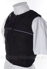Britse politie kogel- en steekwerend vest hoes- (zonder inhoud) - model met verticale ritsen en 2 portofoon houders - origineel