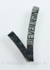 Beveiliging metalen V embleem - 5,5 x 5 cm - gebruikt - origineel