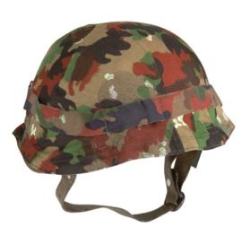 Zwitserse M71 helmovertrek in TAZ 83 of TASS 83 camo  (zonder helm - origineel