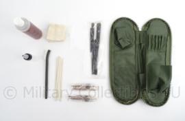 KL Nederlandse leger Diemaco  schoonmaakset  - compleet en ongebruikt - origineel