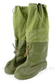 Korps Mariniers Noorse Leger winter overschoenen - groen - maat 45/46 - gebruikt - origineel