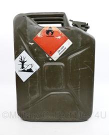 Defensie jerrycan kerosine - na reiniging universeel te gebruiken - 46 x 14 x 35 cm - origineel