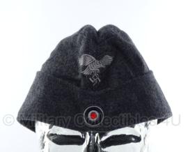 Luftwaffe schuitje met insignes - maat 59