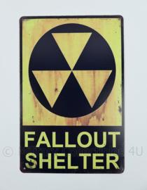 Metalen plaat Fallout Shelter  - 30 x 20 cm.