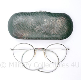 Defensie KL MVO dienstbril in brillendoosje - 13 x 5,5 cm - origineel