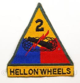 US Army 2nd Armored Division patch WO2 en daarna - Hell on wheels - cut edge - afmeting 9 x 10,5 cm - origineel