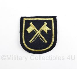 Koninklijke Marine arm embleem met signaalvlaggen - 7 x 6 cm- origineel