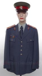 Tsjechische Politie uniform SET jas, overhemd, stropdas en pet - met originele insignes - maat small - origineel
