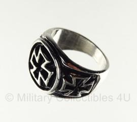Duitse ring met Duits Kruis