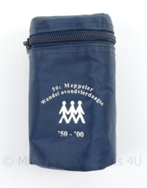 KMAR Marechaussee draagtas 50e Meppeler wandel avondvierdaagse - afmeting 13 x 7 x7 cm - origineel