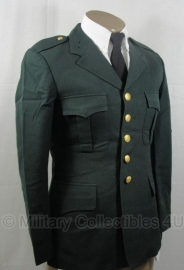 Deens uitgaans uniform - Lijkt op US Army model - ook grotere aantallen - donkergroen  - origineel