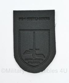 Relief Logo HQ 1 NL GE Korps Duits Nederlandse Korps - 8,5 x 5,5 cm - origineel