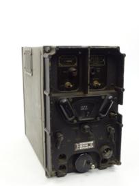 WO2 Us radio receiver SCR506 BC-652A - gedateerd 1942 - afmeting 31 x 36 x 19 cm - origineel