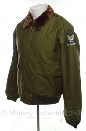 US B-10 pilot jacket - met Army Air Force logo  op mouw