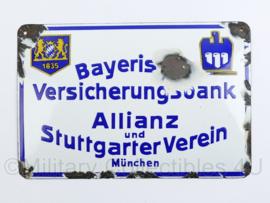 Duits emaille wandbord jaren 40 en 50 Bayerische Versicherungsbank Allianz und StuttgarterVerein Munchen - 16 x 24 cm - origineel