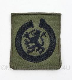 Defensie GVT borst brevet Hogere Juridische Vorming -  5  x 4,5 cm - origineel