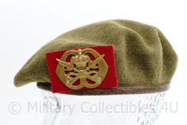 MVO jaren 50 baret met insigne KMS  - lijkt op Wo2 model - maat 53 - origineel