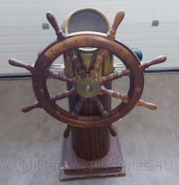 Decoratief scheepsstuur met kompas - 108 x 46 x 82 cm - origineel