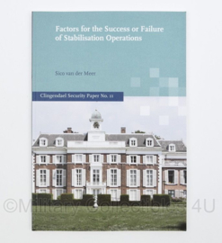 Boek 'Factors for the Succes or Failure of Stabilisation Operations' -24 x 17 x 0,4 cm. - origineel