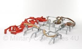 Zwitserse winter schoen ombind ijzers klimijzers - metaal en leder - tm. maat 42 - origineel