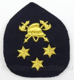 Brandweer Pet of Rang embleem met 3 sterren - afmeting 8 x 9 cm - Origineel