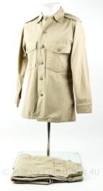 US Army tropical khaki Tan Utility shirt and trouser - 1976 1e model KCT desert set - origineel