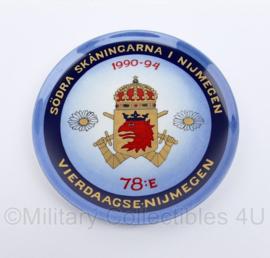 Bord 78e Nijmeegse Vierdaagse namens Homeguard South Scanian Regiment 1990-1994 - origineel