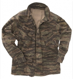 US Army Jungle Fatique JACKET  3rd pattern -vietnam oorlog Tiger stripe camo  - XL of XXL - REPLICA