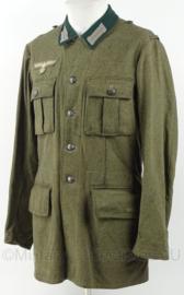 WO2 Duitse M36 uniform jas - omgebouwd WO2 Zweeds jasje zonder schouder stukken - maat M/L - replica