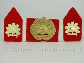 KL baret speld en kraagspiegel set - Regiment infanterie Oranje Gelderland -  origineel
