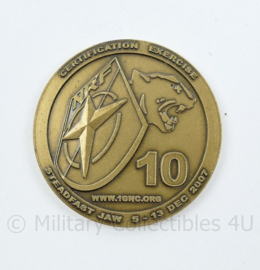 Defensie NATO NRF 1 Duits Nederlands Corps coin Certification Ecercise  Steadfast Jaw 2007 - diameter 3,5 cm - origineel