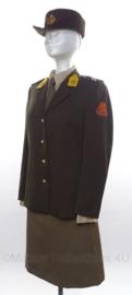 KL DT Dames uniform set, jasje, rok en hoed - maat 38 - origineel