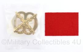 Defensie baret insigne Chasse - nieuw in de verpakking - 7 x 5 cm -  origineel