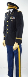Zeldzame US Army dress uniform set Chief Warrant Officer 4 . Met broek en pet  -  US size 40  - origineel