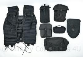 Defensie Modulair gevechtsvest MGV Molle ZWART - complete set MET 6 tassen - maat Medium of Large - origineel
