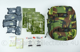 KL Landmacht  Geneeskundige dienst  zijtas met inhoud- houdbaar -39x23x10 Origineel