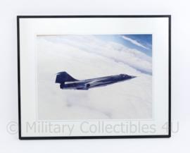 KLU Luchtmacht foto in lijst van de F104 S - 40,5 x 50,5 x 1,5 cm - origineel