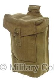 1 enkele Britse Bren Gunner's Magazine  pouch Utility Pouch Magazijntas borst model- origineel WO2