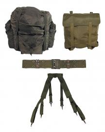 Militaire Gear set : rugzak, tas, koppel en draagstel! - origineel!