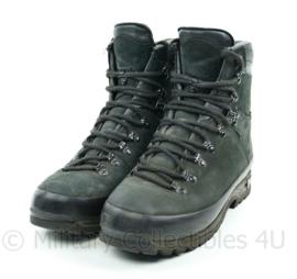 Nederlands Leger Meindl schoenen M1 - licht gedragen - maat 270M / 43M - origineel