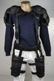 Politie complete beschermend harnas met koppel - Schouder en bovenbenen - origineel