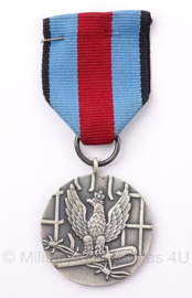 Poolse  Pro Memoria Medal WW2 honor medal- 4 x 4 cm - origineel
