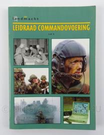 KL Landmacht Leidraad Commandovoering - afmeting 24 x 17 cm - origineel