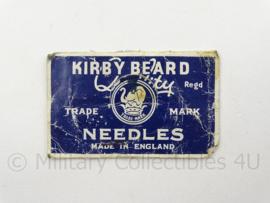Britse antieke Kirby Beard Needles - afmeting 4 x 7 cm - origineel