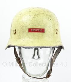 Duitse naoorlogse feuerwehrhelm  -  Naoorlogs WO2 model  -  maat 56  -  origineel
