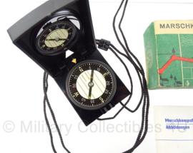 DDR kompas met doosje - marschkompass F65 - origineel